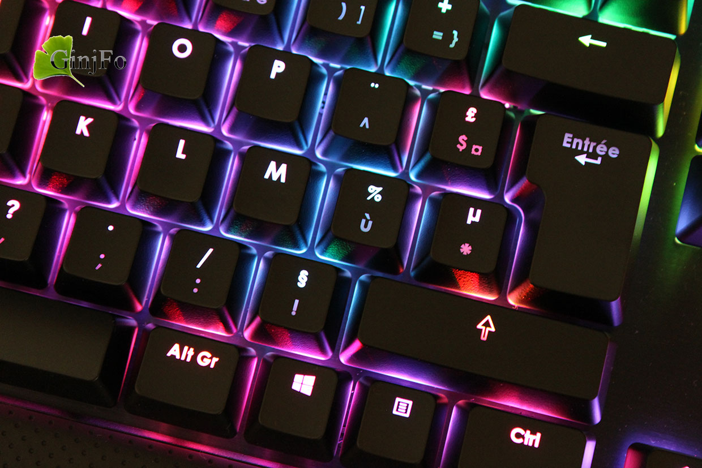 Test du clavier Corsair Gaming K70 RGB Page 3 sur 4 GinjFo