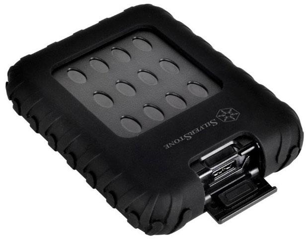"""MMS01, un mini boitier de conception militaire pour un disque de 2.5""""."""