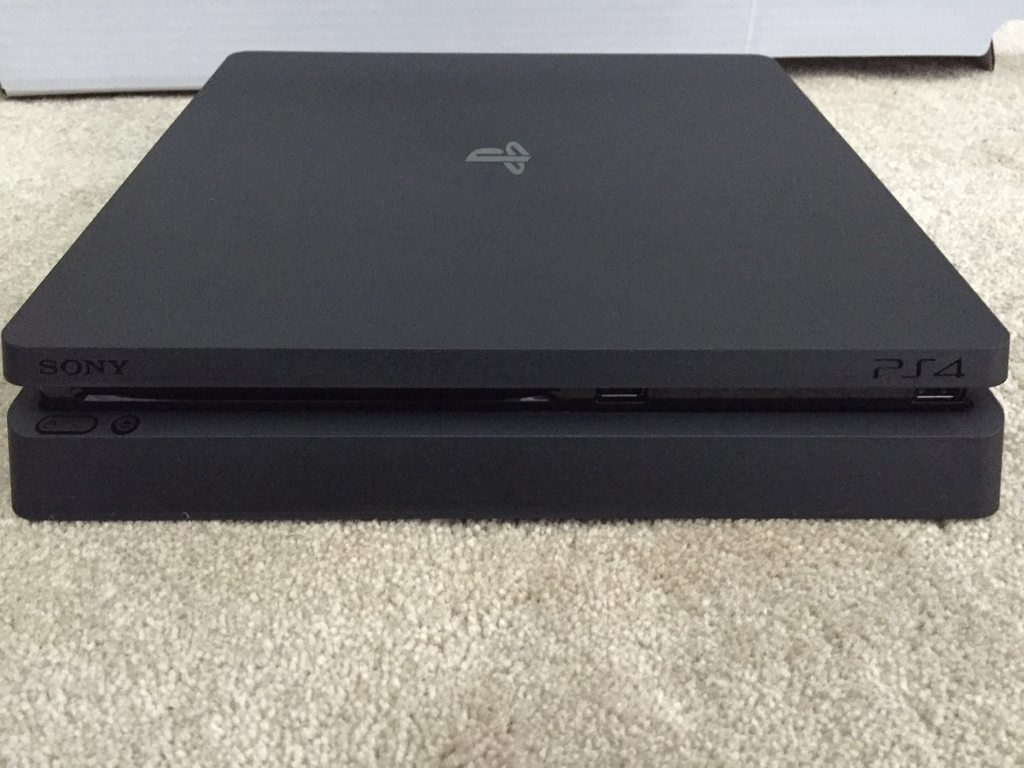 La PlayStation 4 Slim de Sony ?