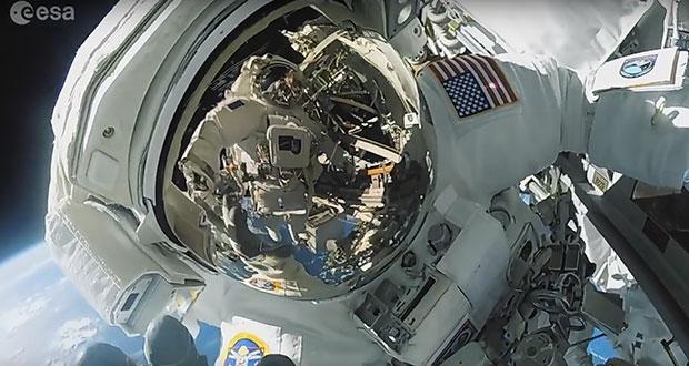 Spacewalker's view - ESA