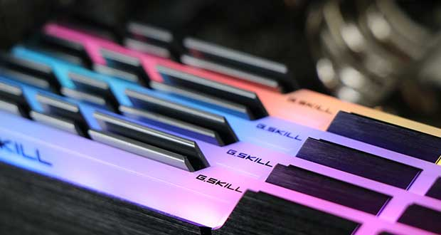 Kit 32 Go DDR4 TridentZ RGB de G.SKIL (ref : F4-3600C16Q-32GTZR)