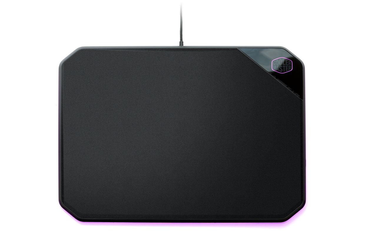 Tapis de souris RGB double face MP860 de Cooler Master