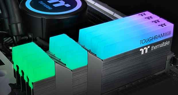 Kit dual channel TOUGHRAM RGB de Thermaltake