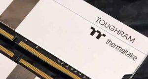 Mémoire vive DDR4 TOUGHRAM Memory White de Thermaltake