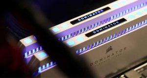 Dominator Platinum RGB White 2 x 8 Go DDR4-3600 MHz CL18
