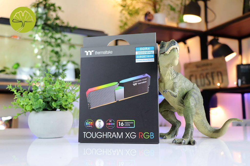 Kit ToughRAM XG RGB 2 x 8 Go de DDR4-3600 MHz CL18