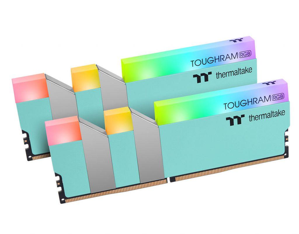 Mémoire TOUGHRAM RGB Turquoise