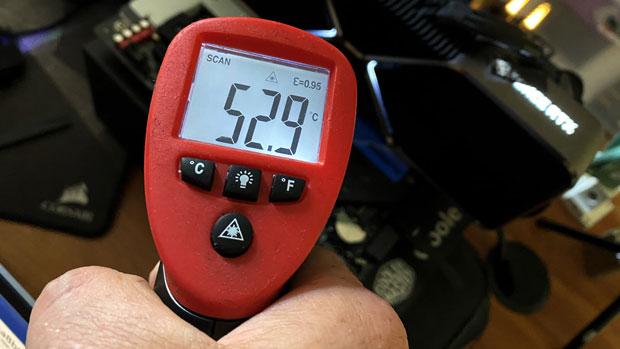 X570S AERO G de Gigabyte - température radiateur SSD